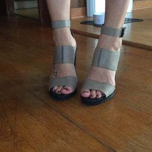 Kelsi Dagger Brooklyn Grey Leather Heels